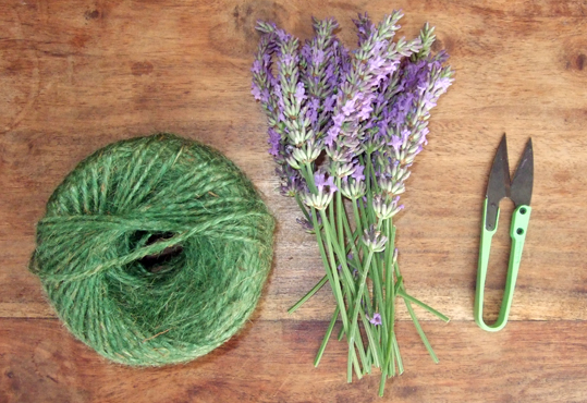A bad witch's blog: My Big Dilemma at Making Lavender 'Smudge Sticks'