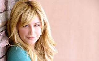 Biografia de Ashley Tisdale