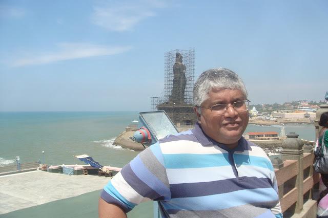 http://www.jaispoetryblog.com/2019/02/kanyakumari-where-india-ends-or-perhaps.html