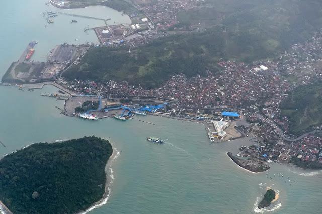 Pakar AS Bicara Penyebab Peringatan Tsunami di Banten Tak Aktif