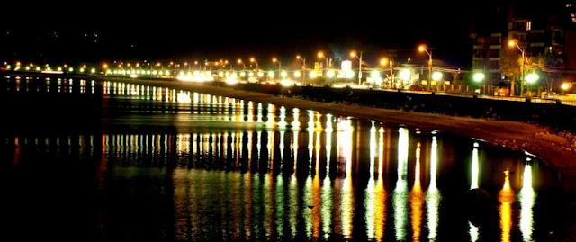 Costanera de Puerto Varas à noite