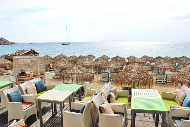 Platis Gialos beach bars