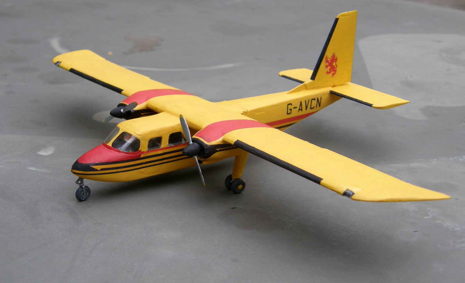 wade's scale models & modest aviation photography: 08/2011