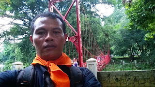 Jembatan Kali Ciliwung