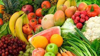 bổ sung trái cây, rau xanh cho bé