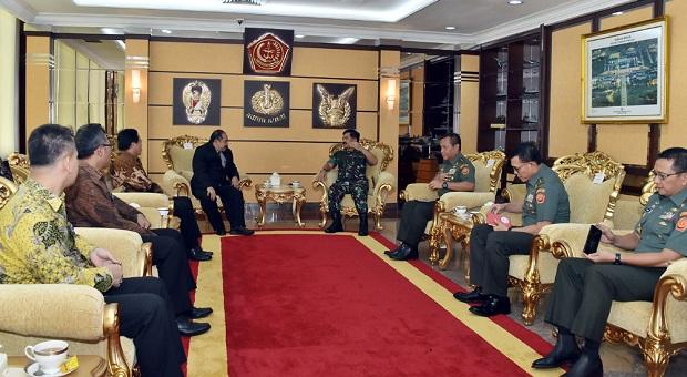 Panglima TNI Terima Audiensi Kepala PPATK