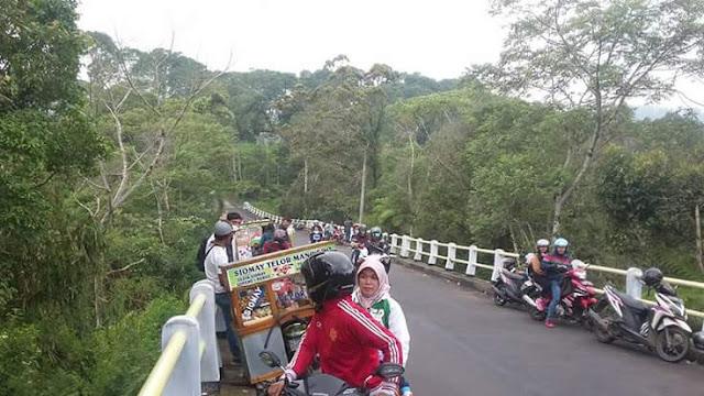 Jembatan Sibiting Kembanglangit Blado Batang