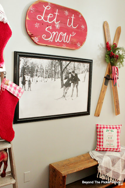 Make easy and inexpensive christmas decor from thrift store finds