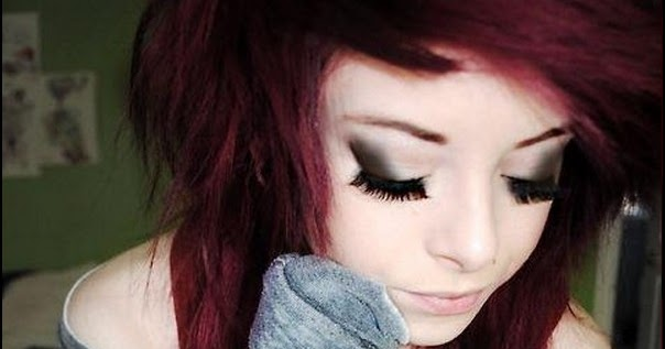 Emo Girl Cute Close Eyes