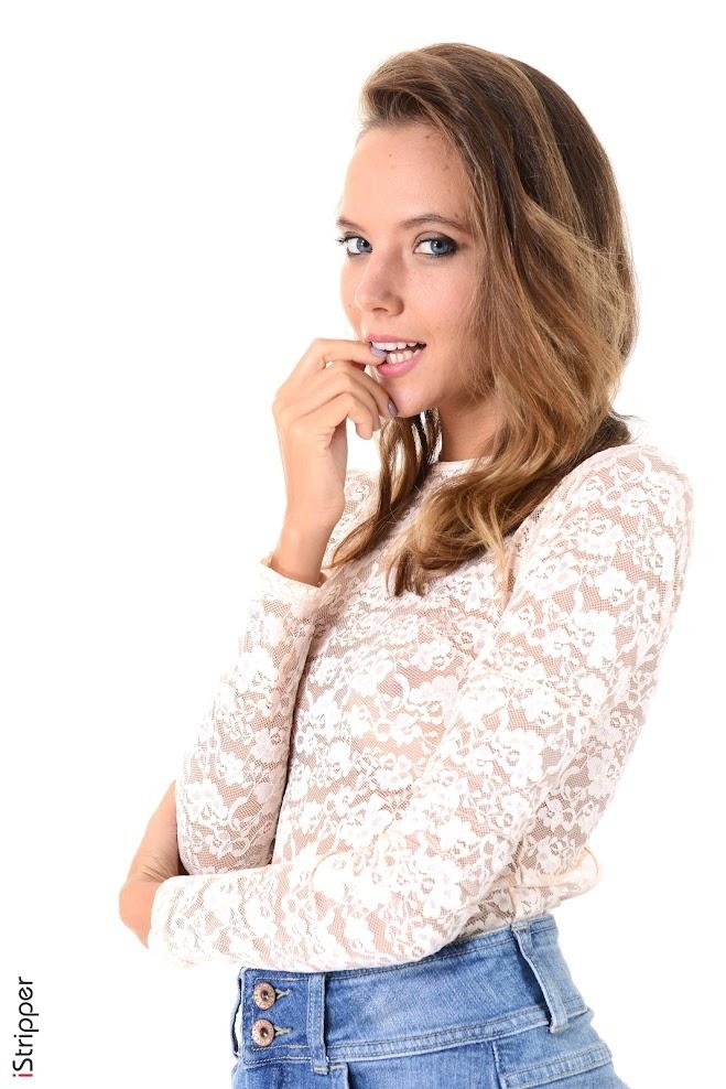 1589891413_katya [iStripper] Katya Clover - Casual Glance