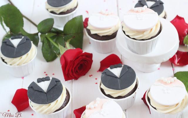 Braut und Bräutigam: Süße Hochzeits Cupcakes