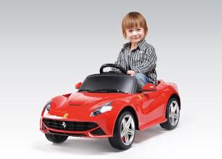 Samochód akumulatorowy Ferrari F12 Berlinetta z Biedronki