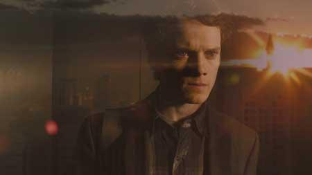 Anton Yelchin en una secuencia de Noche de Miedo