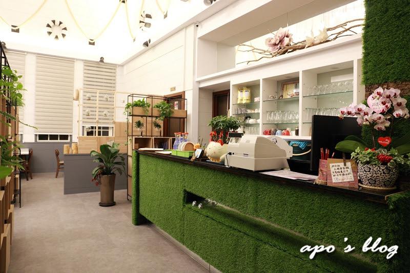 綠晨親子餐廳-櫃台