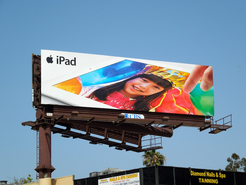 Apple iPad 2012 billboard