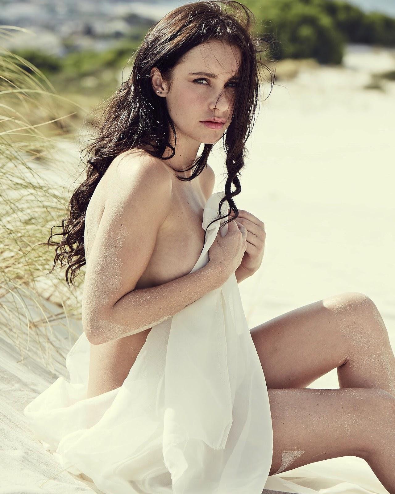 Jeanne Kietzmann Nude Photos 35