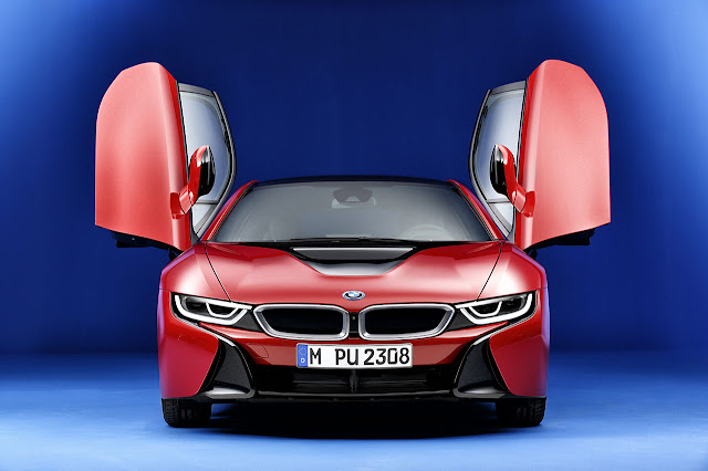 The new limited edition BMW i8 Protonic Red Editon