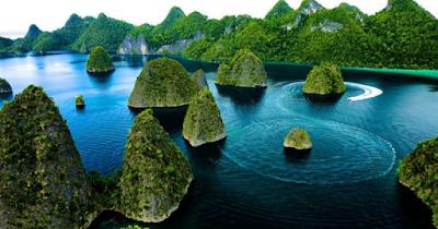 http://infomasihariini.blogspot.com/2017/06/keindahan-papua-yang-sulit-dijangkau.html