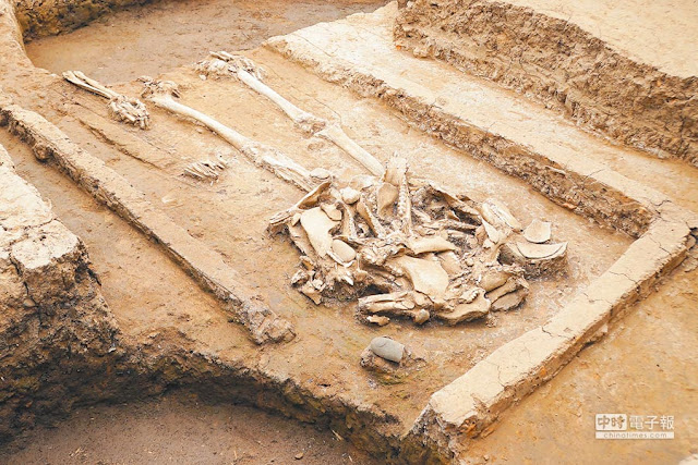 Chinese archaeologists find 5,000-year-old 'mysterious tomb'
