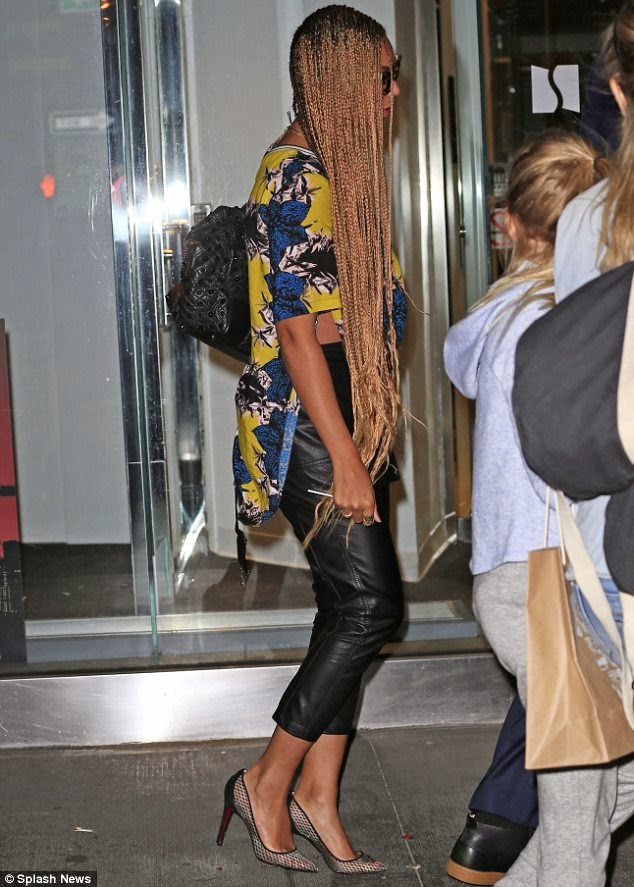 Beyonce Re Rocks Long Box Braids And They Are Down To Her