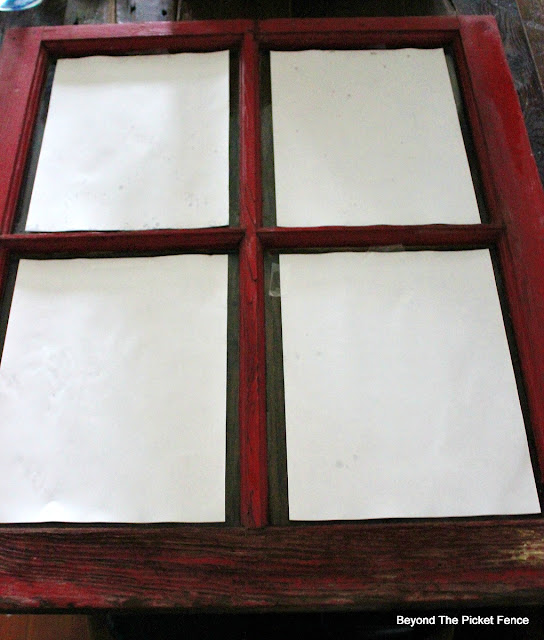 old window, Christmas sign, https://goo.gl/BcyJKv