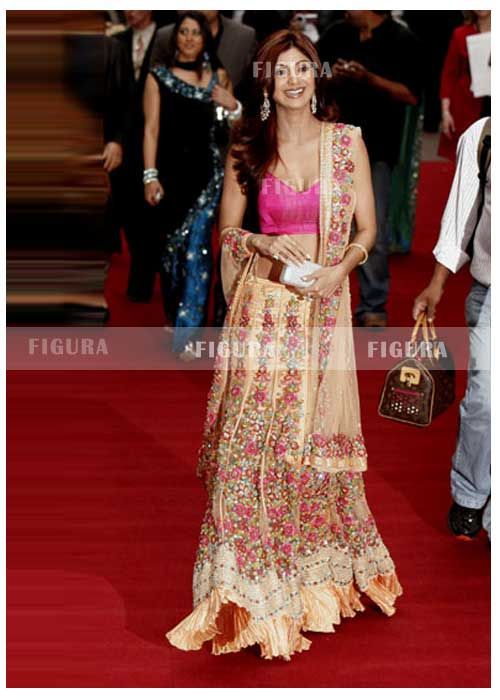 Bollywood Style Lehenga Choli Hairstyles And Fashion Bollywood