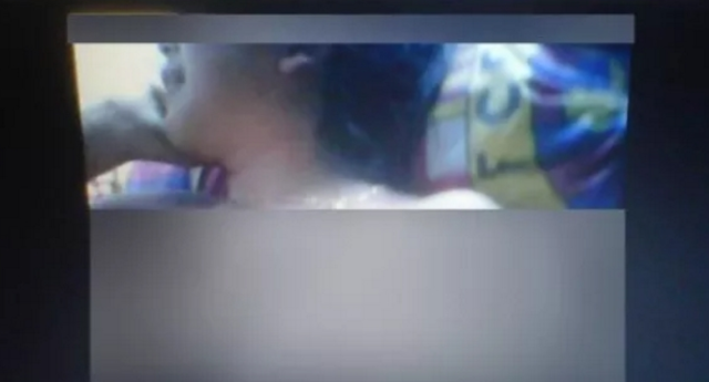 """ VIDEO "" GEMPAR…..!!!! Astagfirullahaladzim, Ustaz Ini Lakukan Hal Ini Kepada 4 Santriwati Diruang Kerjanya Dan Bikin Video Pula"
