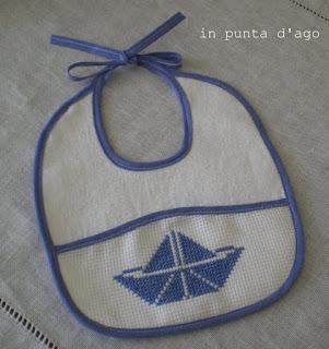 http://silviainpuntadago.blogspot.it/2012/07/blu.html