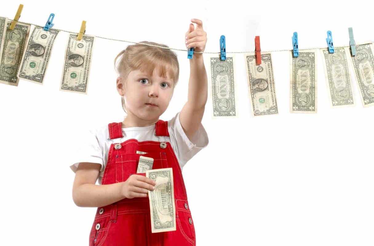 Waspada Uang Bisa Pengaruhi Pola Pikir Anak Anak Menjadi Egois
