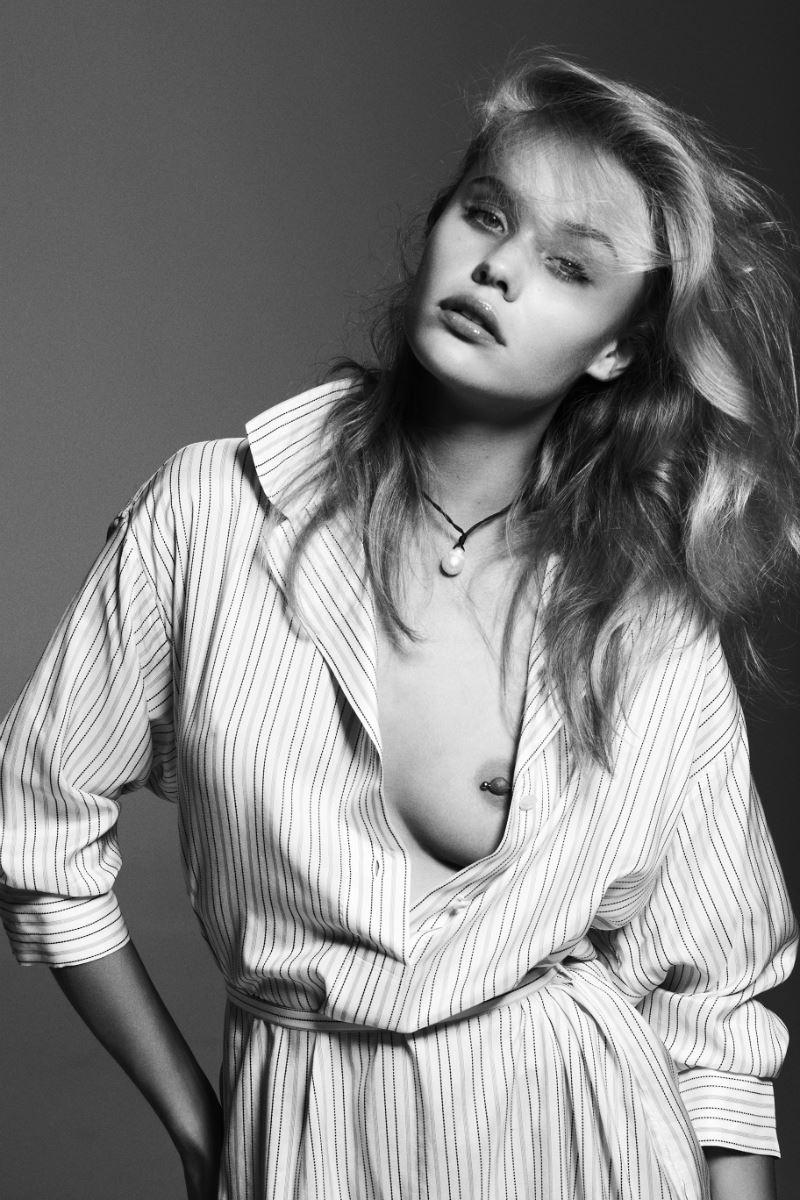 Nackt  Brooke Perry Brooke Buchanan