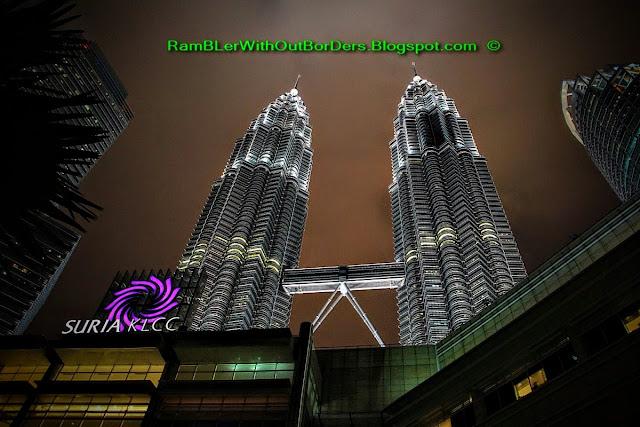 Night sky, Petronas Twin Tower, Suria KLCC, KL, Malaysia