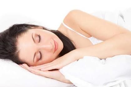 Anda Memiliki Kebiasaan Tidur Siang Hari? Yuk, Ketahui Efek Buruk Jika Tidur Siang Terlalu Lama