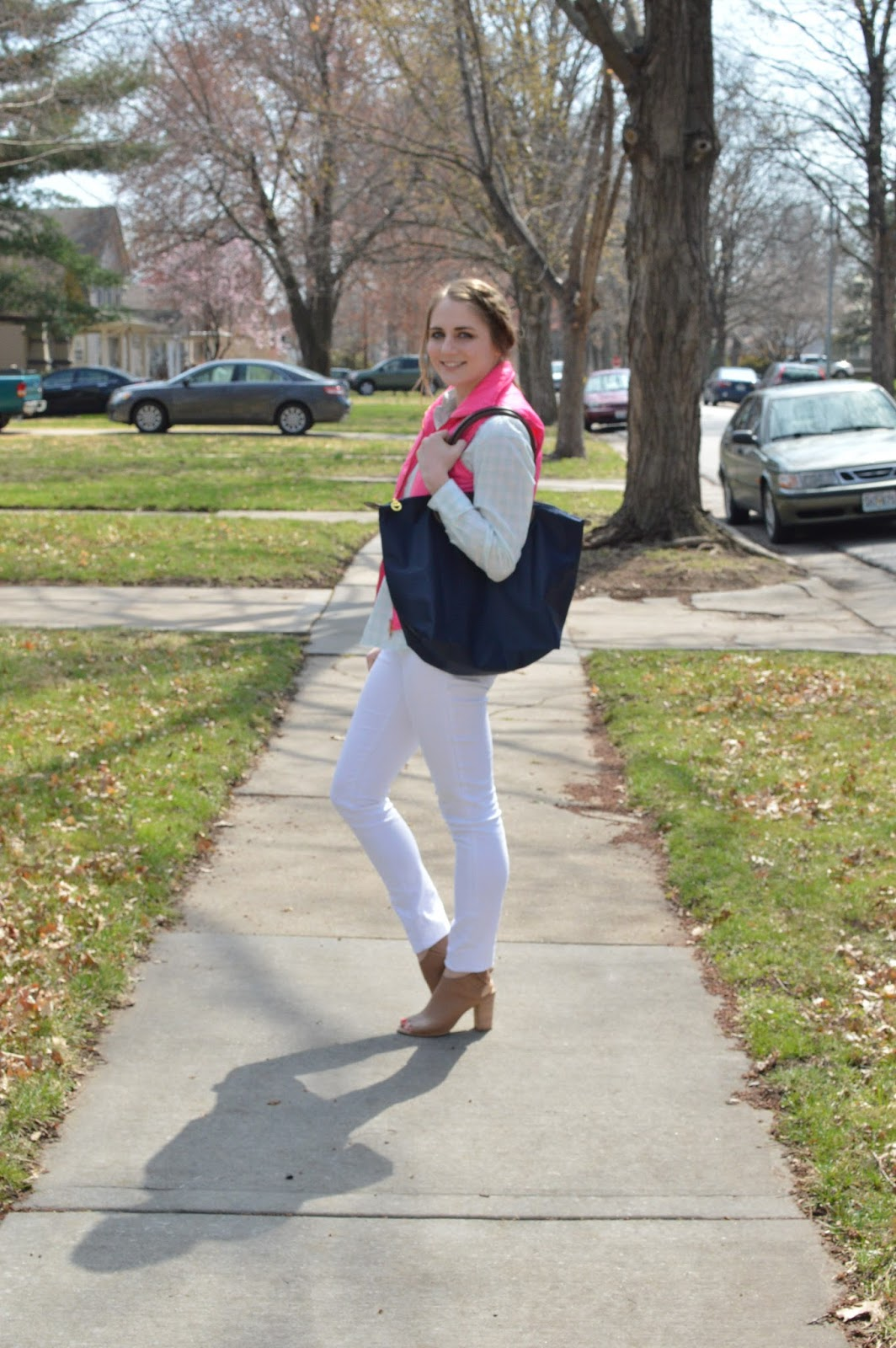 styling white jeans for spring