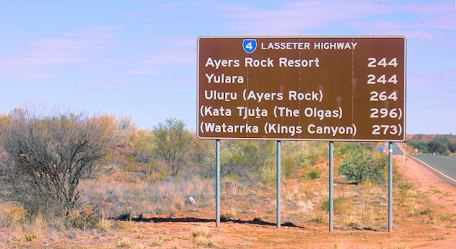 Lasseter Highway red centre australia