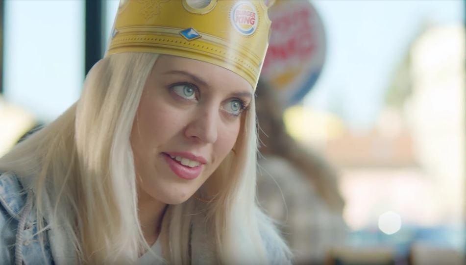 Modella Burger King pubblicità Menù King Offerta a 3.99 euro con Foto - Aprile 2017
