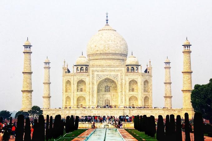 Tugu Cinta Taj Mahal