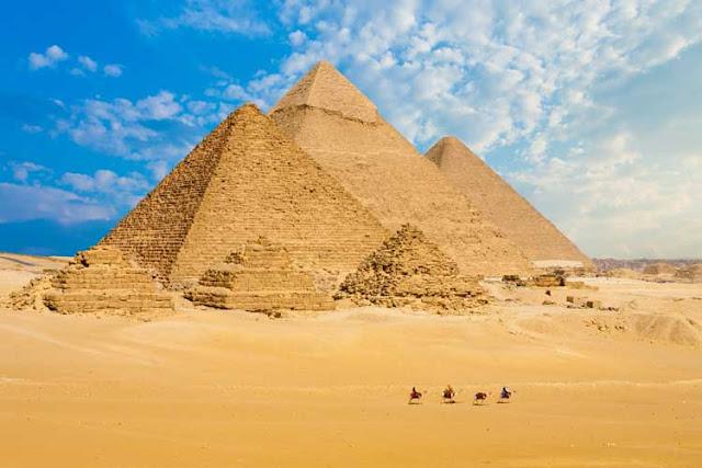 insaatnoktasi_gizemli_mısır_gize_piramitleri
