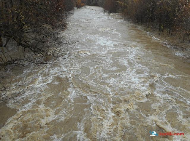 Πλημμύρισαν τα ποτάμια στο Βόιο