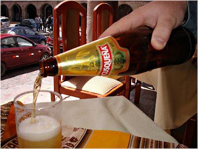 Cerveja bebida em Cusco