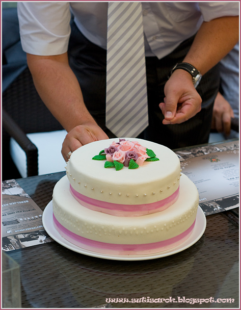 60 szeletes esküvői torta Sütisarok: Esküvői torta 60 szeletes esküvői torta