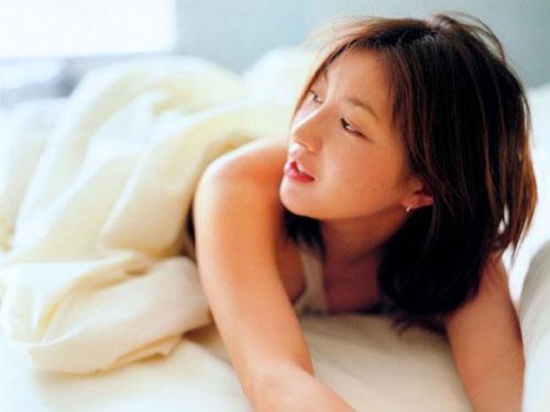 លទ្ធផលរូបភាពសម្រាប់ yuko takeuchi cantik