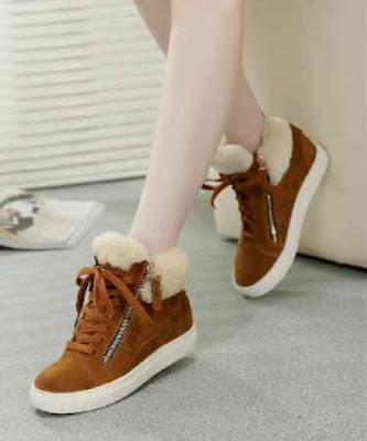 Sepatu Kets Wanita AJ015