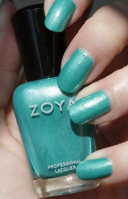 http://lacquediction.blogspot.de/2012/04/zoya-zuza.html