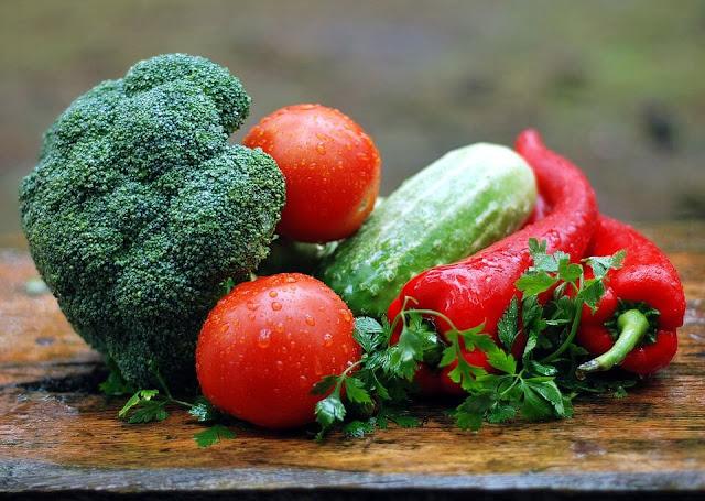 4 Jenis Sayuran yang Tidak Boleh Dimakan Mentah