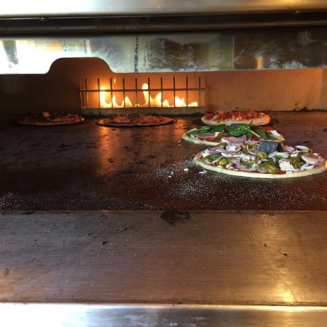 Blaze-Pizza-Boston-Review-Fenway
