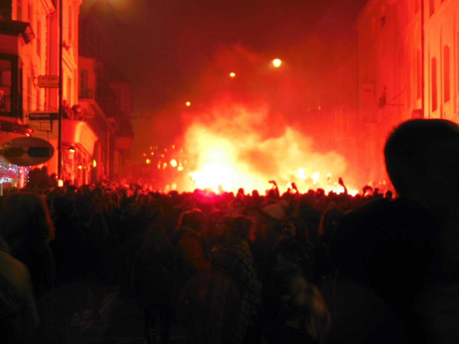 Les feux de la Guy Fawkes à Lewes