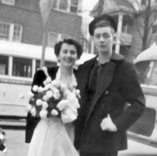 Maureen and Jim Padgett on their wedding day