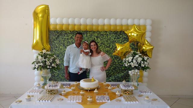 festa de um ano bolo em casa festa para família bellanaoadormecida mamae sortuda