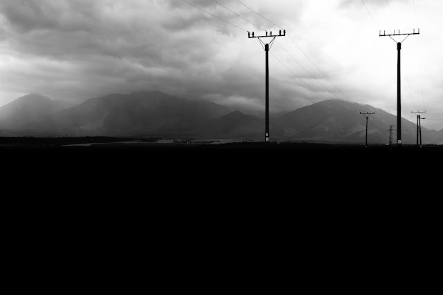 Czarno-biała fotografia krajobrazu. Dolina Popradu, Słowacja, Tatry.fot. Łukasz Cyrus