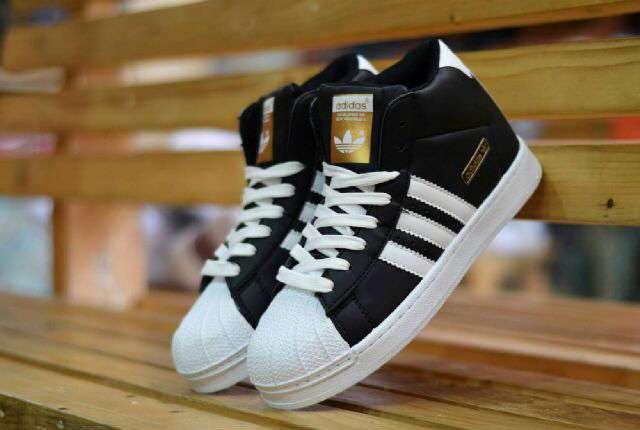 ... reduced nama barang adidas superstar women high import black white  ukuran tersedia 37 40. deskripsi 487f0e4f01